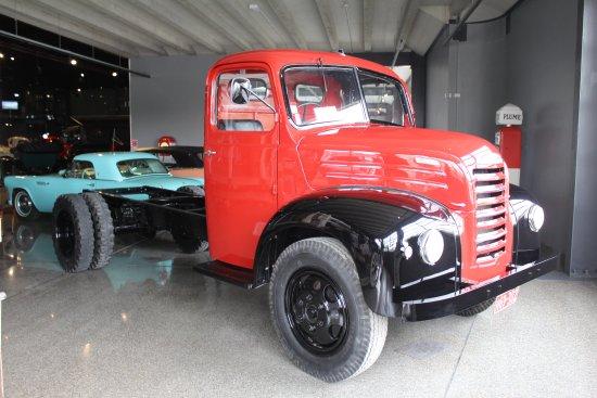 Invercargill, Νέα Ζηλανδία: One of the many trucks...