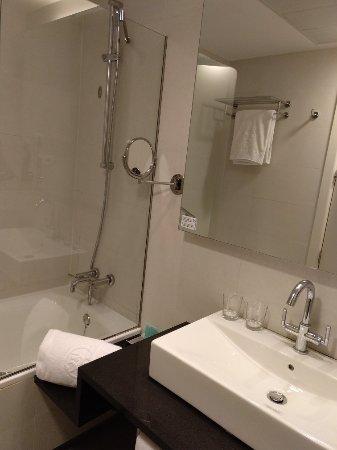 525 Hotel: IMG_20171206_170915_637_large.jpg