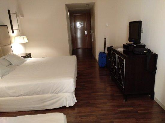 525 Hotel: IMG_20171206_170837_428_large.jpg