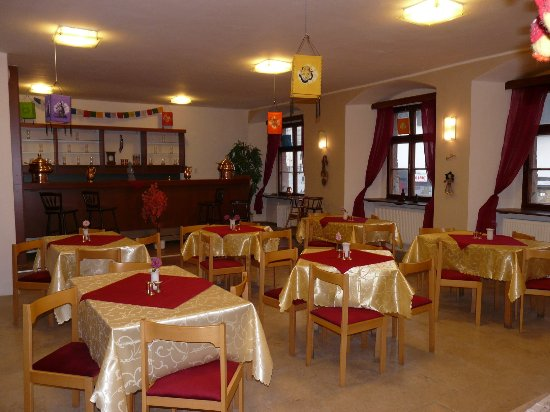 Jihlava, Česká republika: 2. místnost je vyzdobena nepálskými lampiony.