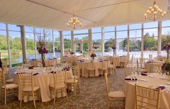 Lincolnshire, IL: Lakeside Pavilion