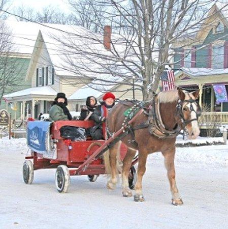 Bethel, ME: Winter Horse Drawn Carriage Rides around historic village