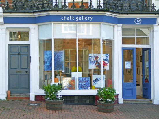 Lewes, UK: Chalk Gallery exterior view from the roadside.