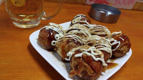 Tenri, Japan: たこ焼き・ソースマヨ味