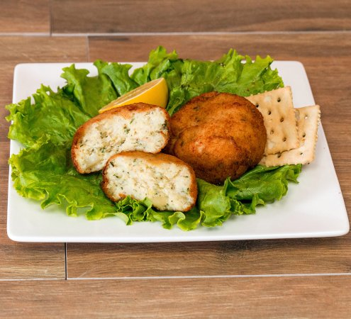 Rosedale, MD: Little Lou's famous codfish cakes