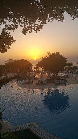Dead Sea Marriott Resort & Spa: Sunset in Jordan