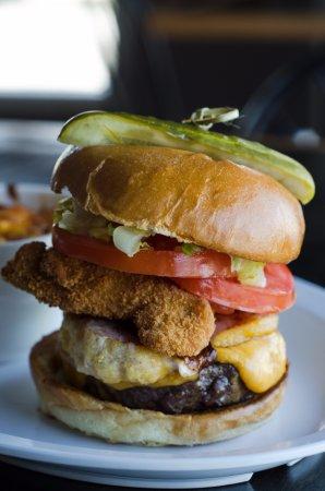 Harrow, Canadá: barnyard burger