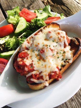 Harrow, Canadá: meatball sandwich (special)