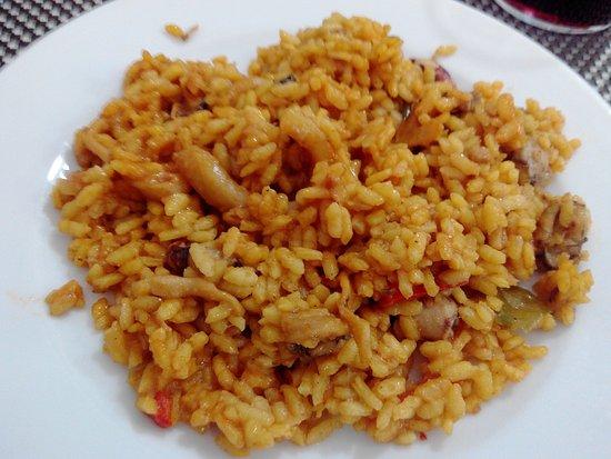 Restaurante A la Cazuela: Paella Marinera con Frutos del Mar