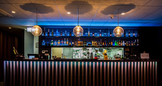 Urban indian cuisine fusing traditional flavours with for Ajadz indian cuisine auckland
