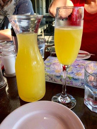 Culver City, CA: Bottomless mimosa