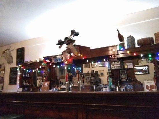 Κολούμπια, Καλιφόρνια: The St. Charles Saloon