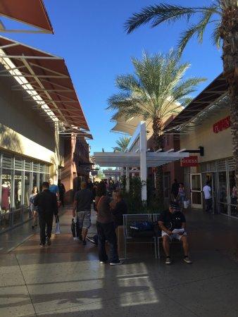 Las Vegas Premium Outlets - South: Premium Outlets -- South