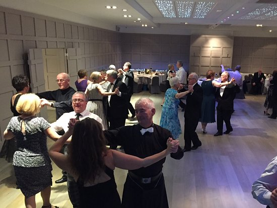 Strathaven, UK: Dancing the night away