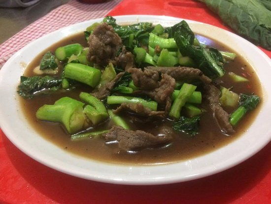 Coco House Cafe: Beef with Chinese Broccoli Stir-fried
