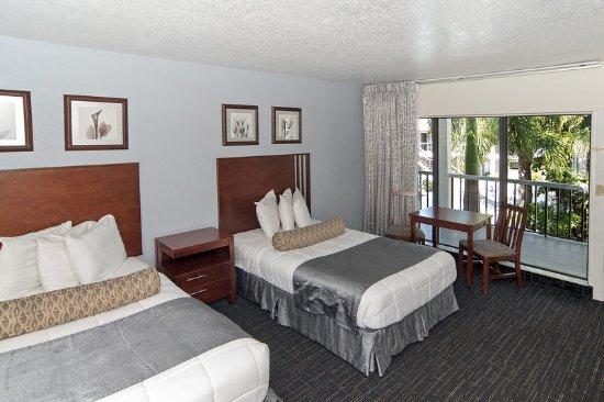 Beachcomber Beach Resort & Hotel: Guest room