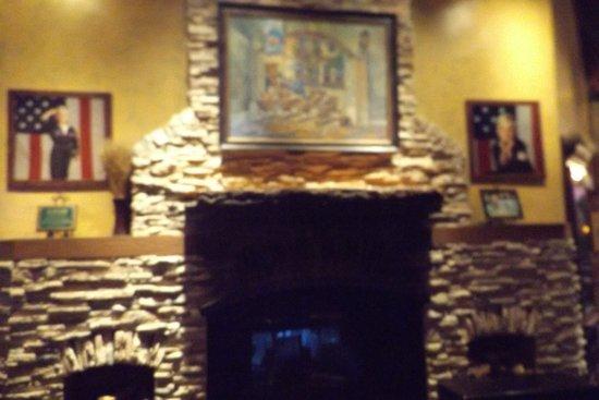 Rancho Mirage, Kalifornien: Fireplace
