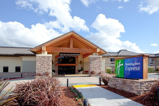 Holiday Inn Express Walnut Creek: Exterior