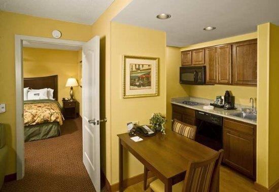 Scarborough, Maine: Suite