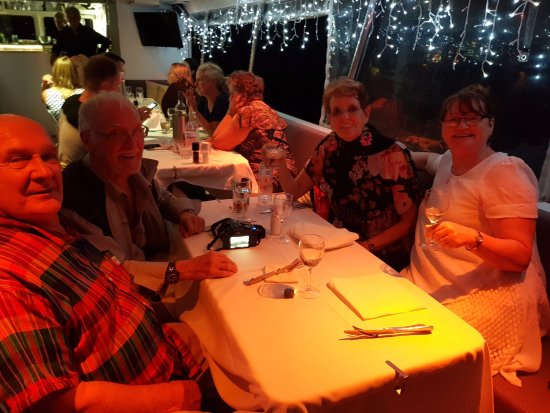 Tewantin, Australia: A great night with good friends.