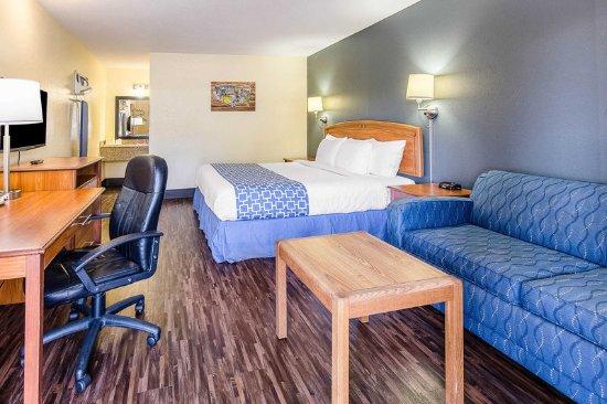 Bristol, VA: Guest room