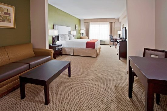 Holiday Inn Express Lake Wales N - Winter Haven: Suite