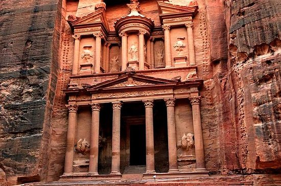 Private Full-Day Trip To Petra And ...