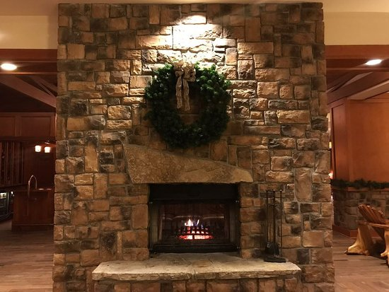 double mantle fireplace facing sitting area picture of high peaks rh tripadvisor com