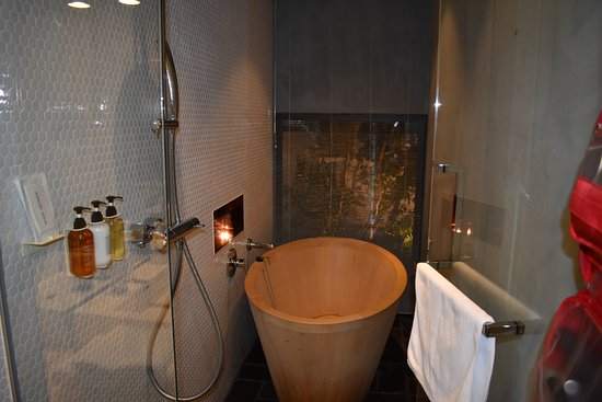 Hotel Anteroom Kyoto: Best Soaking Tub!