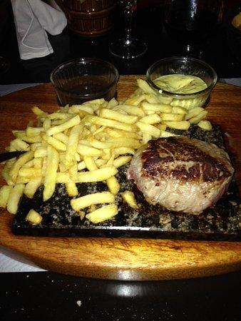 Cluses, France: Belles portions et qualité de la viande au top