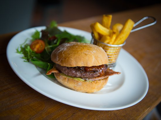 Nether Stowey, UK: Wide range of hot & cold meals and snacks available