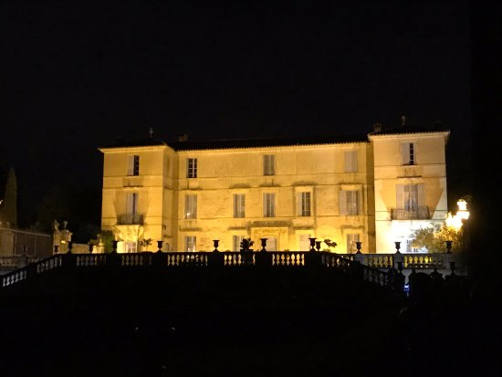 Château de Flaugergues : Chateaux de Flaugergues by night