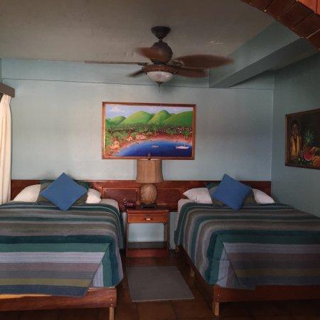 Blue Tang Inn: photo1.jpg