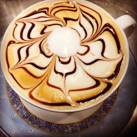 Woombye, Australia: Hugga Mug Cafe