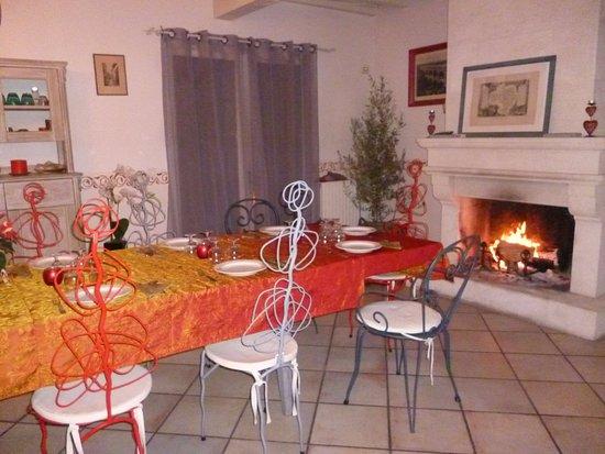 Castillon-du-Gard, Francia: Soirée Nouvel An