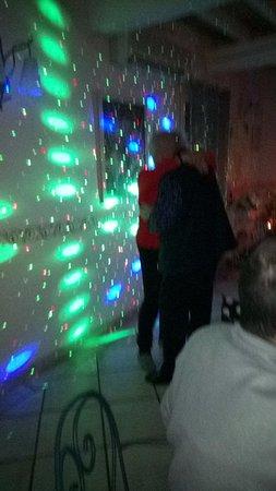 Castillon-du-Gard, Francia: Soirée Dansante du Réveillon du 31 Décembre
