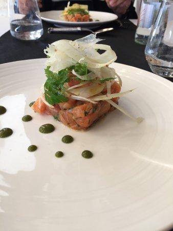 Restaurant Mas des Filles: salmon tartare