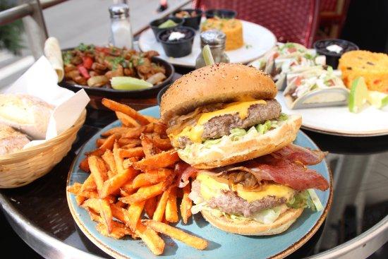 Massy, Frankrike: Big Big Burger