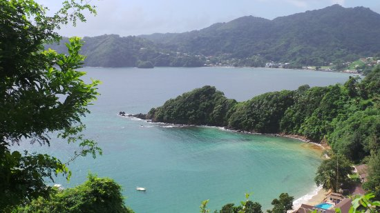Speyside, Tobago: Bay from hills above hotel.
