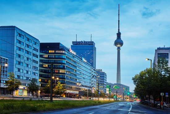 H4 hotel berlin alexanderplatz berlino germania prezzi for Soggiorno berlino