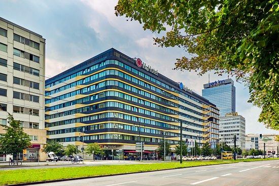 H4 Hotel Berlin Alexanderplatz Photo