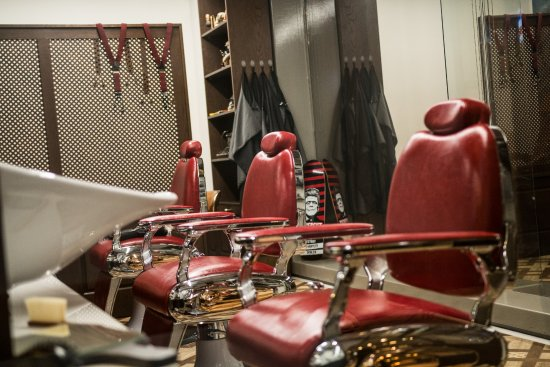Barber shop mr mrs spa tripadvisor for Mr and mrs spa