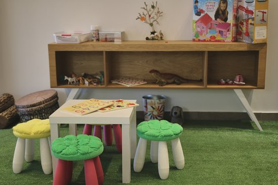 Kids area mr mrs spa khalkis tripadvisor for Mr and mrs spa