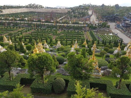 Nong Nooch Tropical Botanical Garden Photo