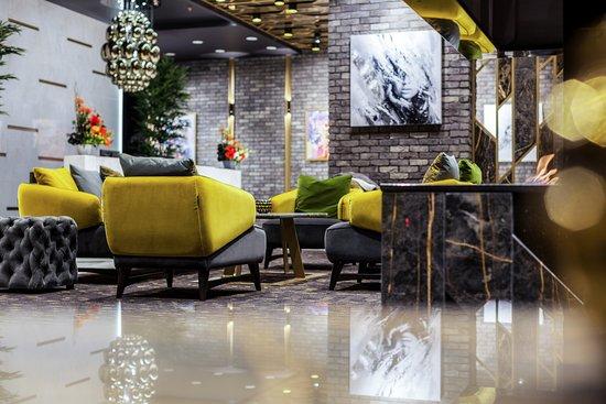 Platinia Hotel
