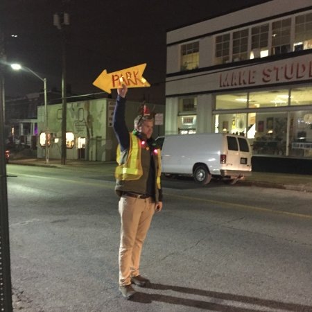 Miracle on 34th Street parking lot 3333 Keswick Rd. Hampden Baltimore Holiday Christmas