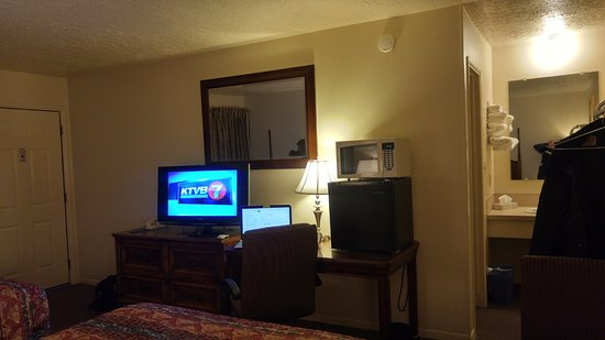 Eden, ID: very nice room all around!