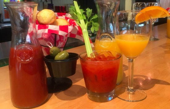 Summerville, SC: Easy Like Sunday Morning! Mimosas and Bloody Marys