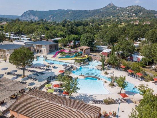 Sampzon, França: Espace aquatique - Quartier les Jardins