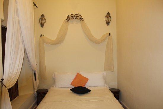 Riad Marana: habitacion muy limpia